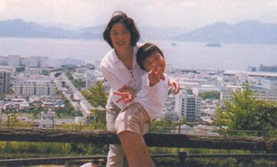 写真、広島
